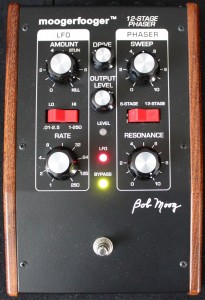 MOOGERFOOGER 12 STAGE PHASER 205x300 MOOGERFOOGER 12 STAGE PHASER