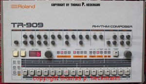 roland tr 909 rhythm composer. Black Bedroom Furniture Sets. Home Design Ideas